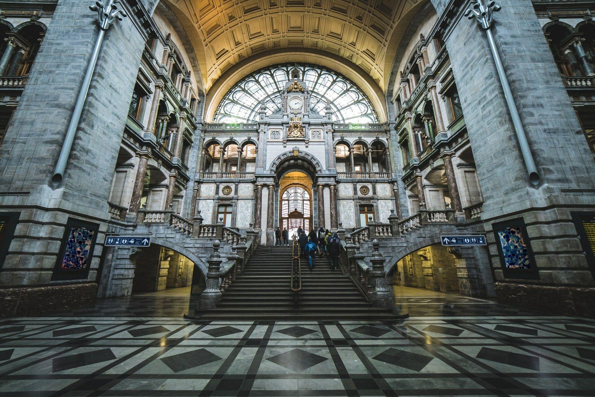 Centraal station medium size