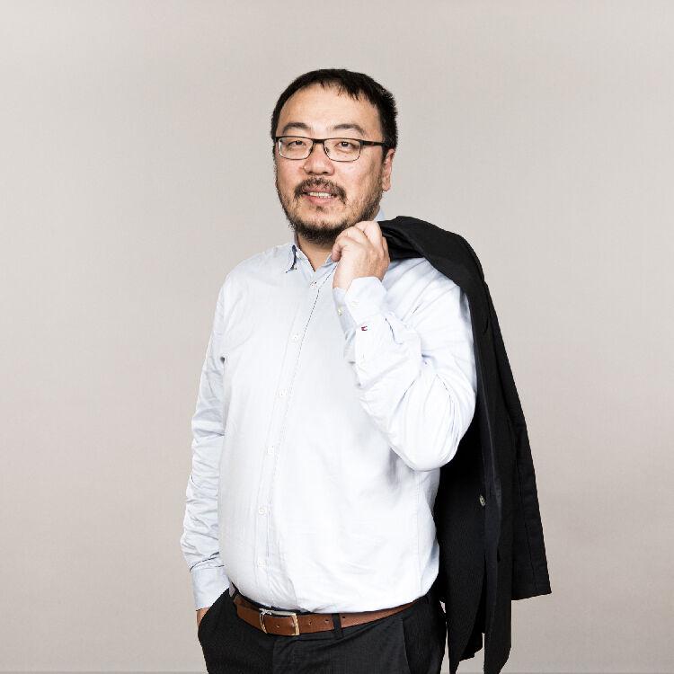 Hairui zhang phd