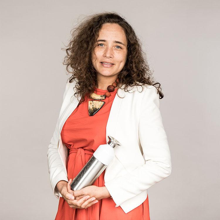 Emmanuelle duval